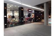 Shopfront2-196x127